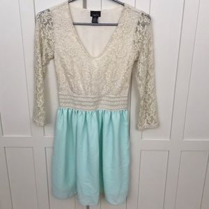 Rue 21 long sleeve juniors dress